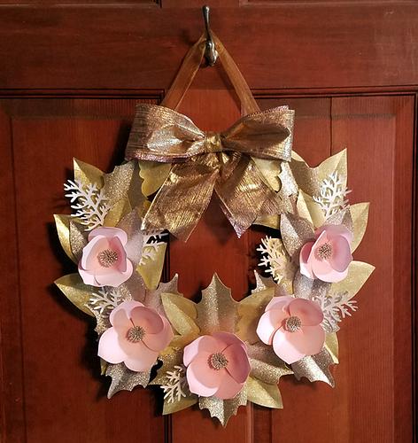 CindaWreath01-01